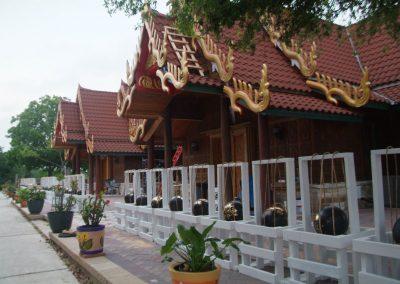 temple-bg-1